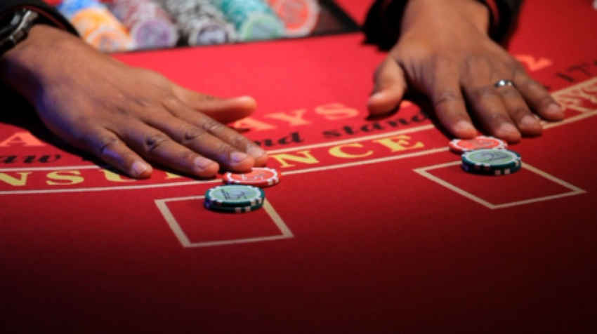 Have a fun filled enjoyment with poker sites